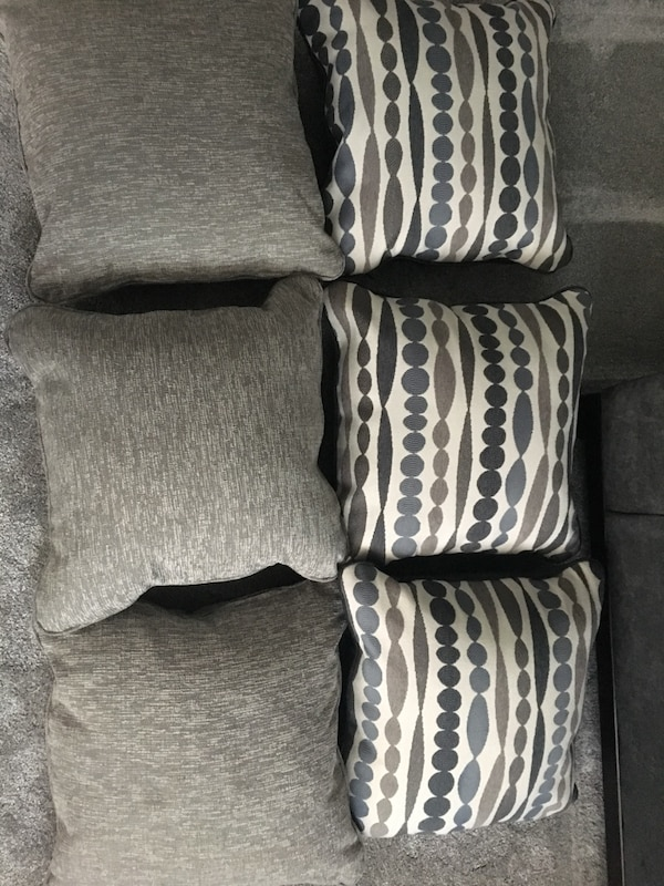 Used Gray And White Throw Pillows For Sale In Riverdale Letgo Delectable Riverdale Decorative Pillows