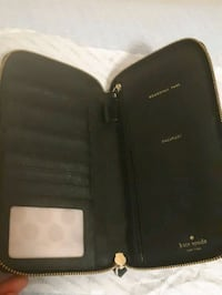 Kate spade wallet authentic  Mississauga, L5B