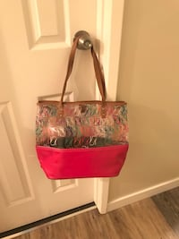 Nine west shoulder bag Calgary, T3E 6K9