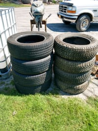 2 sets  car tires Oakfield, 14125