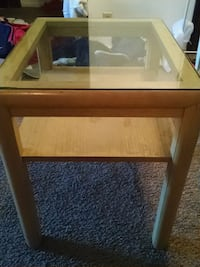 MOVING NEED GONE ASAP-- GLASS END TABLE Wichita, 67207