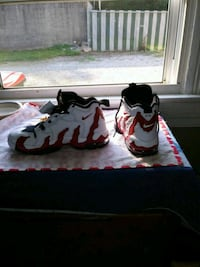 pair of white-and-black Nike basketball shoes Louisville, 40212