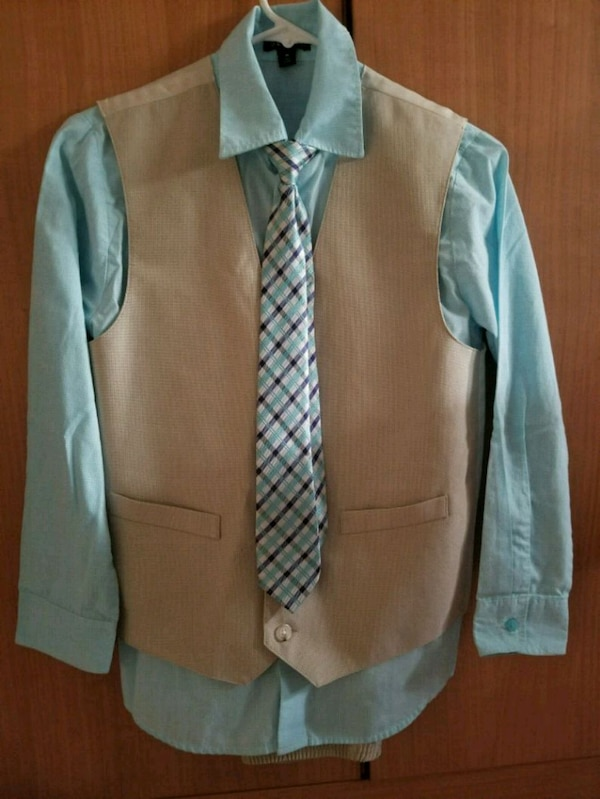 Boys cute suit with tie