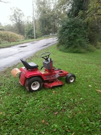 red and black ride on mower Wellsville, 17365