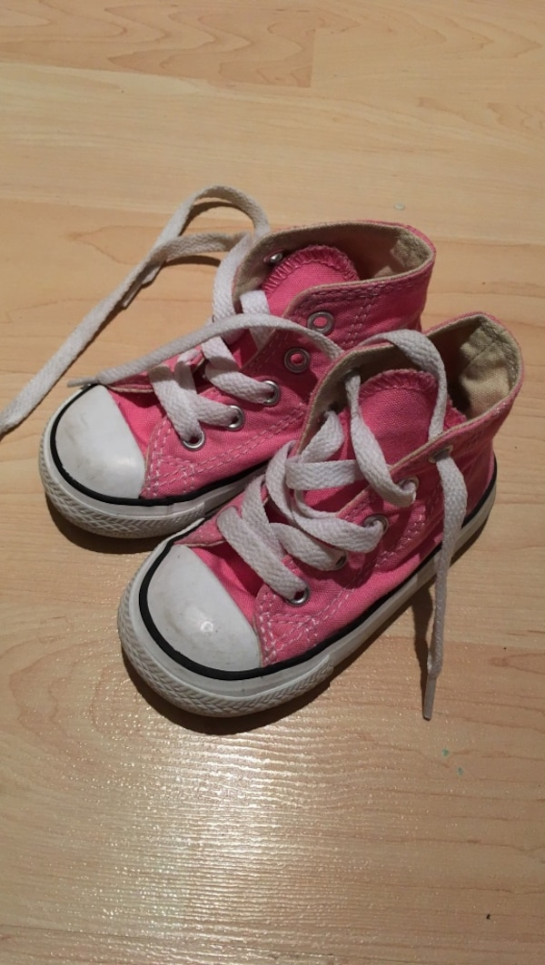 8c154e77d6e9 Used Toddler girl pink converse high tops - size 5 for sale in ...