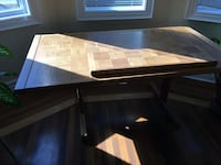 Dining room table Vaughan, L4J 1B7