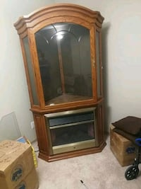 4 year old electric fireplace with china cabinet Winnipeg, R2P 0V8