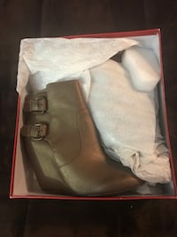 Brand New Guess Leather Boots Size 7 1/2 Lincoln, 95648