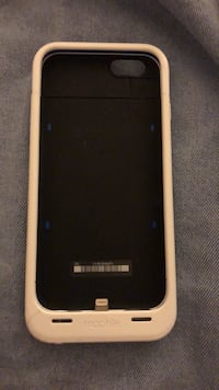 Mophie iPhone 6 Charging Case  Frederick, 21703