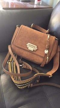 brown and white leather 2-way handbag Mercedes, 78570