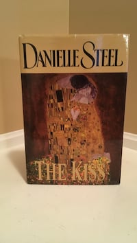 The kiss by danielle steel book