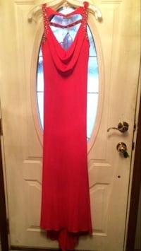 red sleeveless dress Sterling Heights, 48310