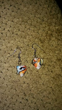 pair of silver-and-blue hook earrings Greeneville, 37743