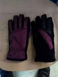 purple-and-black winter gloves Seattle, 98101