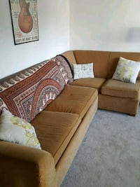 couch Burbank, 91505