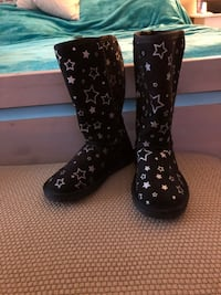 Girls size 13 boots Abbotsford, V2T 5H2