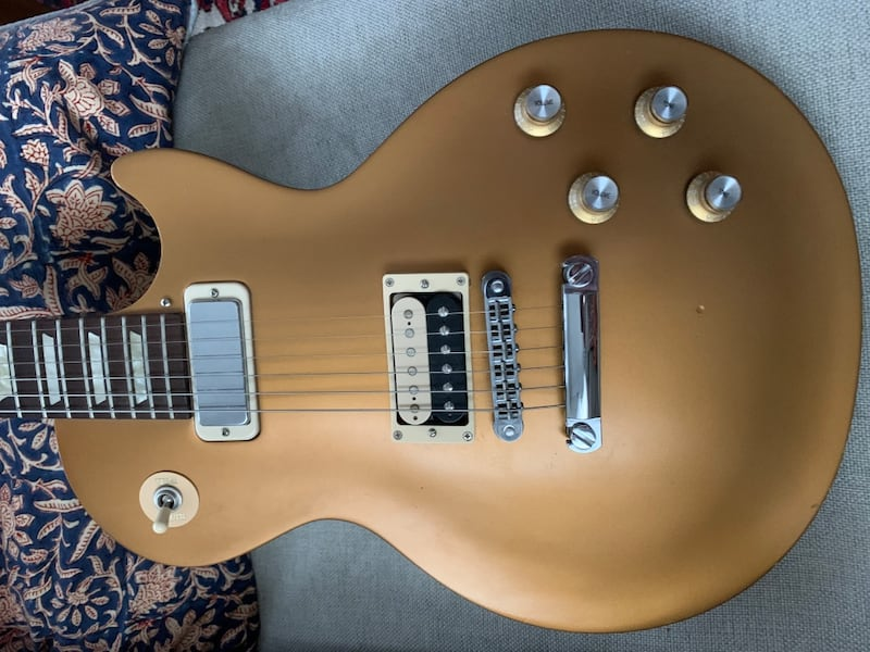 Gibson studio 70s trubute les paul customized 2d767786-1162-4d6e-ada3-668461e80ad5