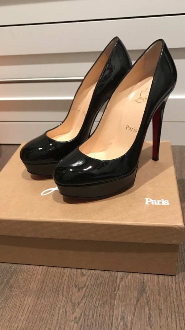 06dcfee5d06 Used Women s black patent leather Christian Louboutin stilettos for sale in  Los Gatos - letgo