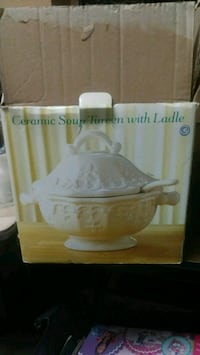 soup tureen Norfolk, 23503
