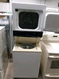 27IN. GAS LAUNDRY CENTER WORKING PERFECTLY