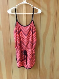 pink and white chevron spaghetti strap top Las Vegas, 89104