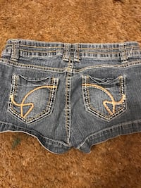 Shorts size 3  Clifton, 81520