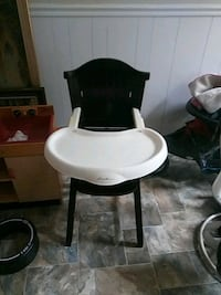 white and black high chair Athens, 30605
