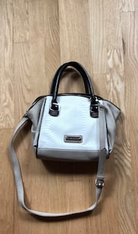 Steve Madden Crossbody Bag Chicago, 60607
