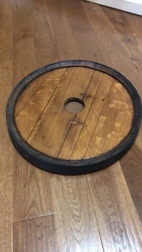 Lazy Susan made from top of barrel! Vaughan, L4L 9H6