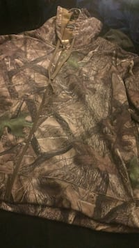 Brown and green camouflage real tree zip-up jacket