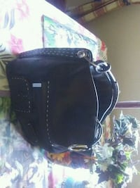 Real leather purse  North Saanich, V8L 5S6