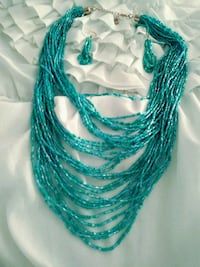 STUNNING BLUE BEADED NECKLACE AND EARRINGS Los Angeles, 91423
