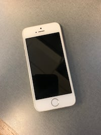 White/Silver iPhone 5s  Providence, 02903