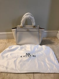 Coach Grace Handbag in Chalk 557 km