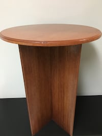 Solid Wood Round Stand  Abbotsford, V2S 1G9