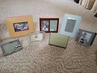 Assortment of picture frames Pitman, 08071