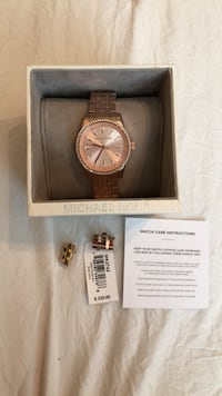 round gold Michael Kors chronograph watch with link bracelet Riverbank, 95367