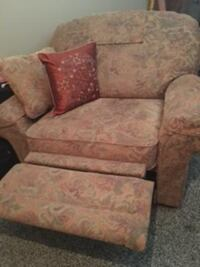 MUST SELL - New Custom Made La-Z-Boy Oversize Recliner Seats Up to 2 RICHARDSON