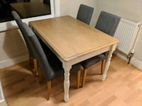 Wooden kitchen/dining table with 4 chairs Greater London, BR3 4PX