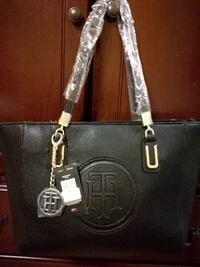 Black Leather Tommy tote bag Mississauga, L4Z 3M4
