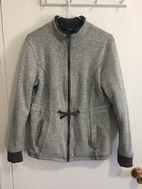 Women gray zip-up jacket size small 785 km
