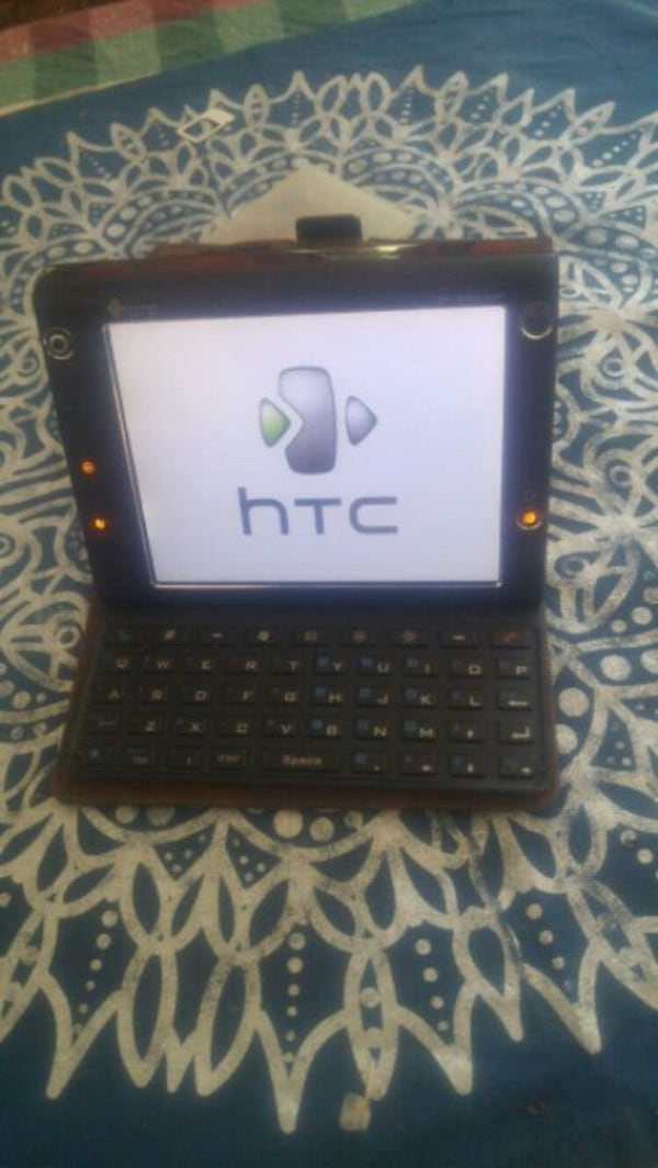 Htc mobile computing devices in good condition 05f47b44-a6b3-4674-bd2a-b97db628fd00