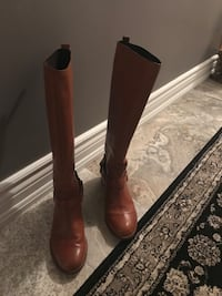 Coach leather boots size 9 Oakville, L6H 1Y4