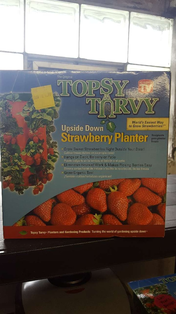 3 Topsy Turvy Planters for 15! 0