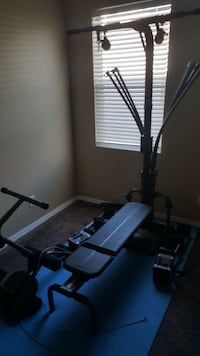 Bowflex with lat tower and leg attachment Orlando, 32826
