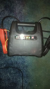 Car battery Jumper $5 obo Waynesville, 65583
