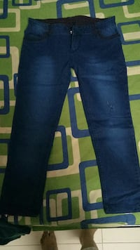 blue denim straight-cut jeans Ulhasnagar, 421003