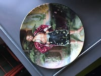 The Knowles collection  2 The King and I plates. $12 each