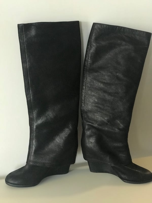 Vince Camuto Almay Women's Size 6 Used Once Excellent Condition 3bc2498f-eed3-4308-a4a1-0b17688796d2