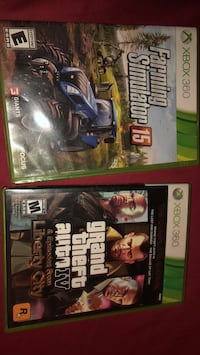 two Xbox 360 game cases Joliet, 60435
